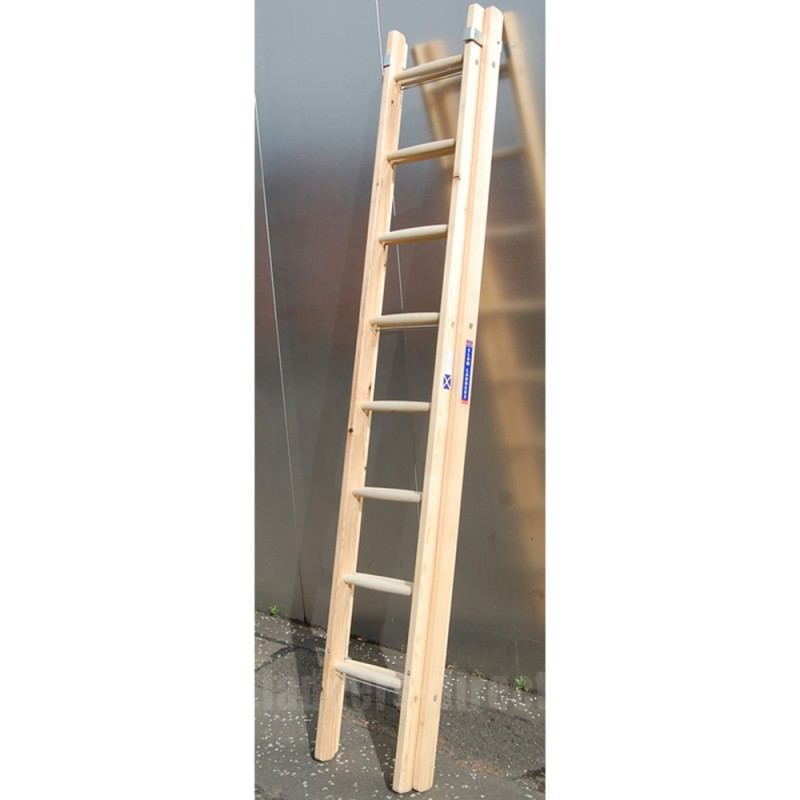 Clow Light Trade Timber Extension Ladder To En131