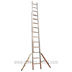 Clow EN131 Professional Window Cleaners Aluminium Double Extension Ladder stabiliser open