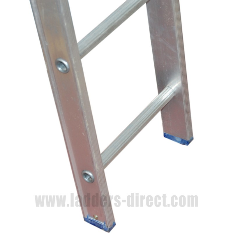 Clow Aluminium Ladder Single To Bs2037 Class 1 Ladders