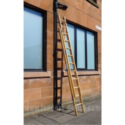 Standard Timber Extension Ladder (Dual Section, Push Up) to BS1129 Class 1 against wall