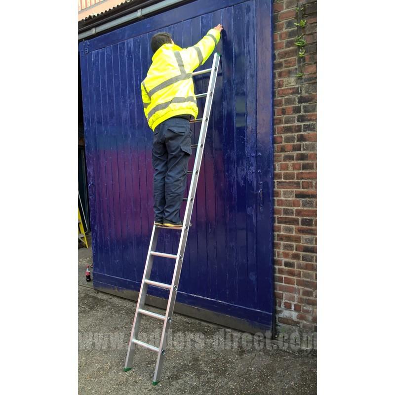 Clow Aluminium Ladder Single Section To En131