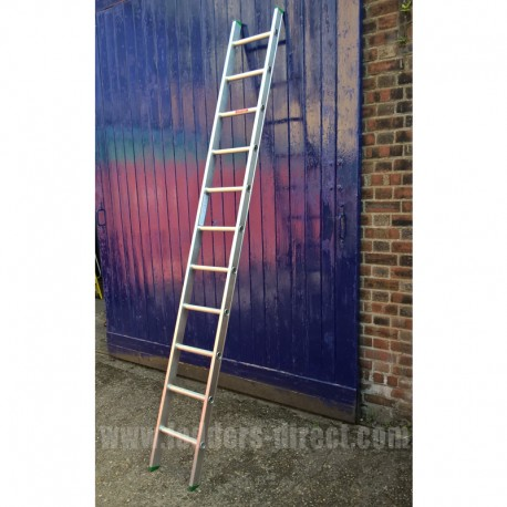 Aluminium Ladder (Single Section) to EN131